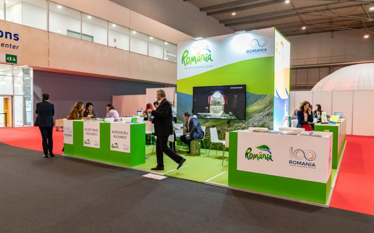 Get Smart with SmartSpace Stand Design for IBTM World